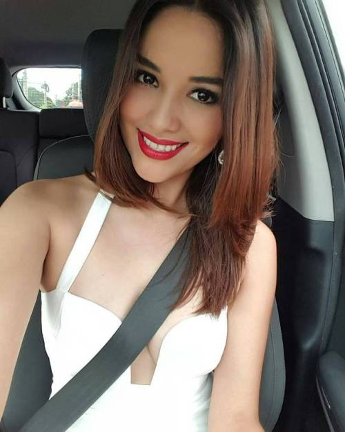 Ana Yancy Clavel, Conductora de Noticiero Hechos por RSM
