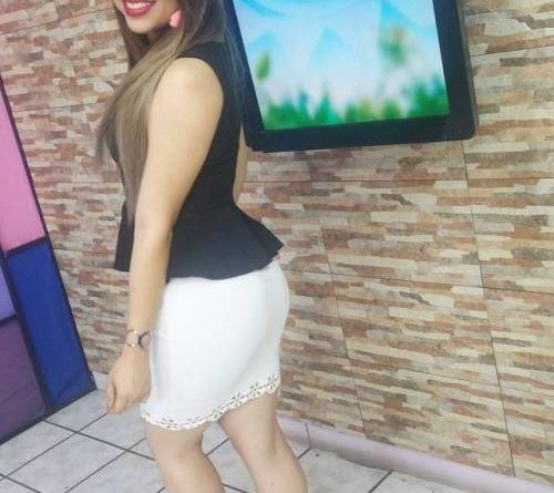 Keiry Molina, TV Host en El Salvador – Sívar TV…